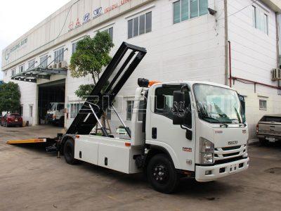 xe-cho-o-to-isuzu-npr400-xe-cho-o-to-san-truot (4)